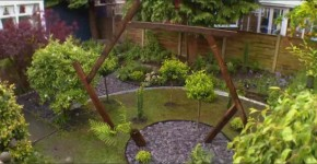 The finished garden - with its time portal